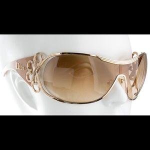 Christian Dior Diori Shield Sunglasses 🕶